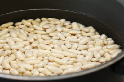 Quarantined Cooking: Garlic Beans and Broth