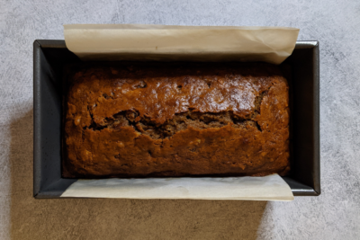 Unpretentious Cooking: Old-Fashioned Date Nut Bread